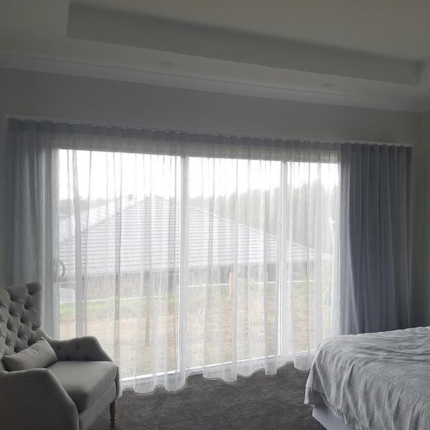 sfold curtain 2